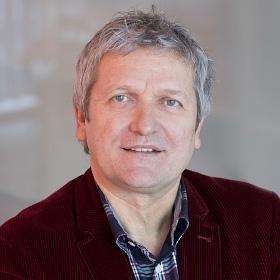 </p> <h5>Günther Schrenk</h5> <p>